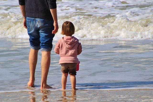 Gdzie jechać z małym dzieckiem na wakacje w Polsce?