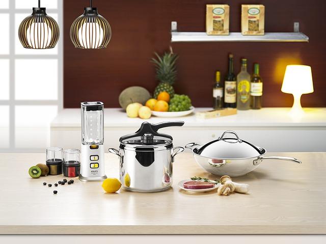 Jaki garnek wybrać? W czym gotować, by potrawy miały dobry smak i aromat?